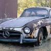 Раритетное авто на свалке