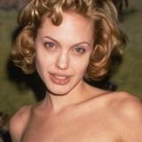 Киноактриса Анджелина Джоли фото